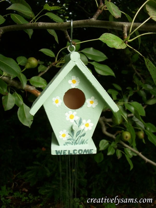 Finished Daisy Birdhouse
