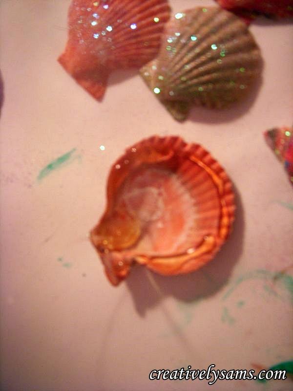 Glue edges of shell