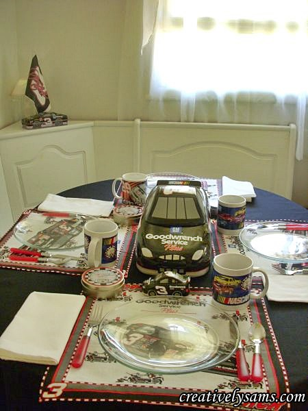 NASCAR Tablescape