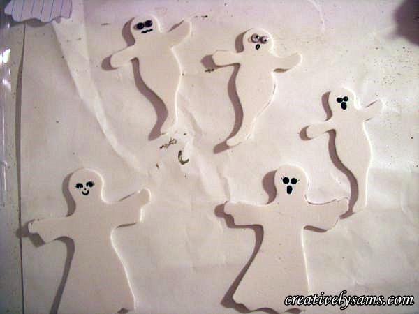 Foam Halloween Ghosts-adding eyes