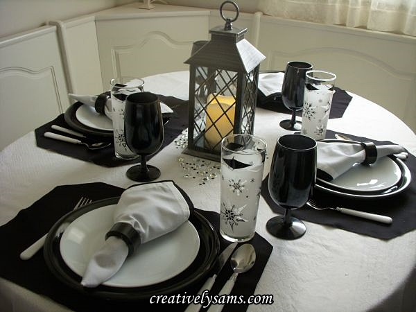 Black & White Winter Tablescape