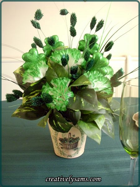 St. Paddy's Day Tablescape  centerpiece